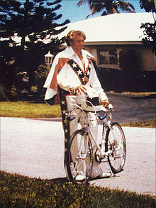 Ack - Evel and his bike.  Please don't give Paul a shirt like this.